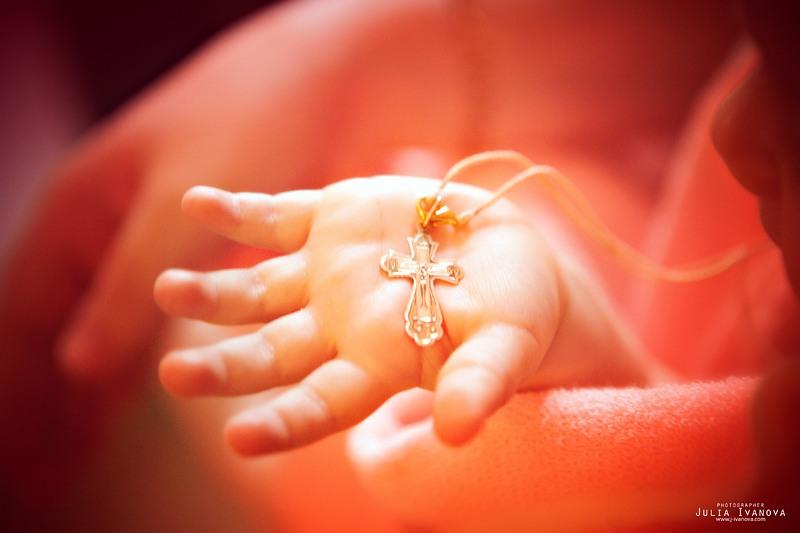 Можно ли креститься с месячными. Можно ли женщине во время месячных крестить ребенка