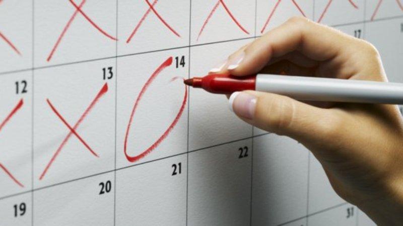 Может ли меняться цикл месячных каждый месяц. Откуда берутся эти цифры и почему они могут меняться? Как ускорить период менструации