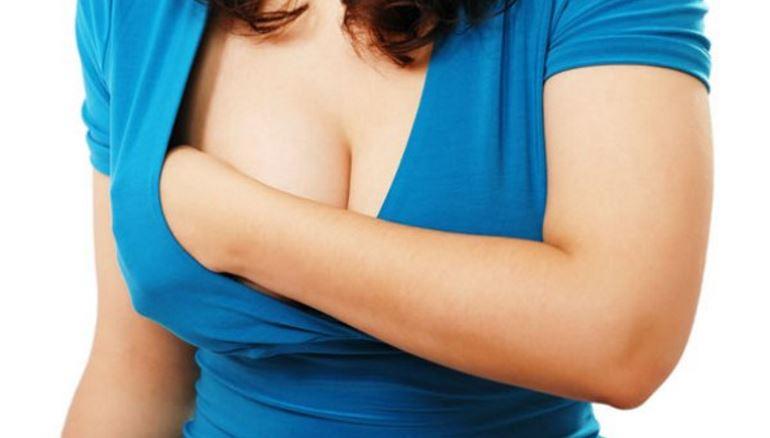 На каком сроке беременности начинает болеть грудь?