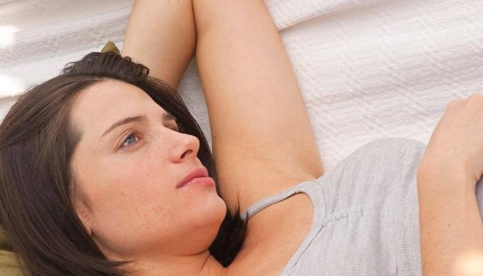 Первые признаки беременности за неделю до наступления месячных