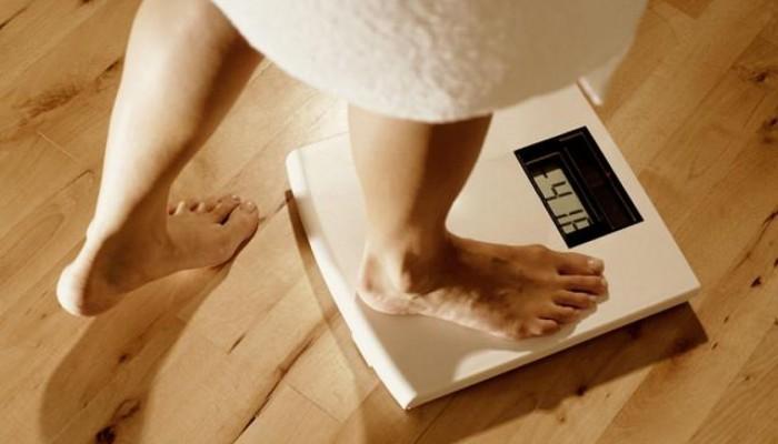 Почему перед месячными набирается вес и растет 21