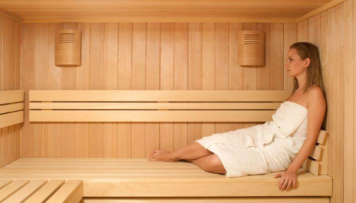 sauna-casual-interiorr-en-abeto-natural